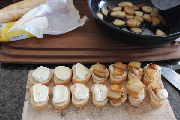 Mini Caramelized Pear and Brie Grilled Cheese Sandwiches