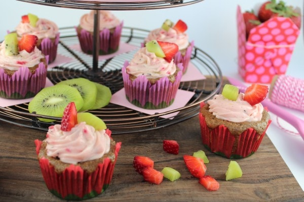 Strawberry Kiwi Fresh Fruit Cupcakes