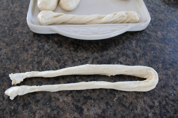 How to make homemade breadsticks