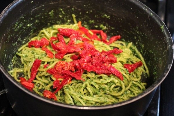 Kale Pesto Spaghetti with Sun Dried Tomatoes
