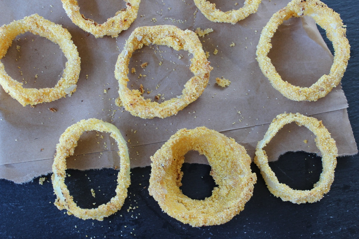 beer battered onion rings, almond crusted onion rings, baked onion rings, sweet bbq sauce, marshmallow bbq sauce
