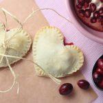 cranberry pies, pomegranate pies, cranberry pomegranate pies, heart shaped pies, mini heart shaped pies, mini pies, valentines day pies, valentines day desserts, recipes, desserts, food