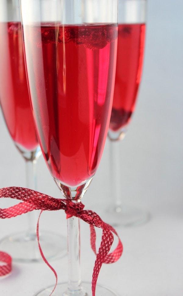 Sparkling Pomegranate Wine Spritzer - Little Leopard Book