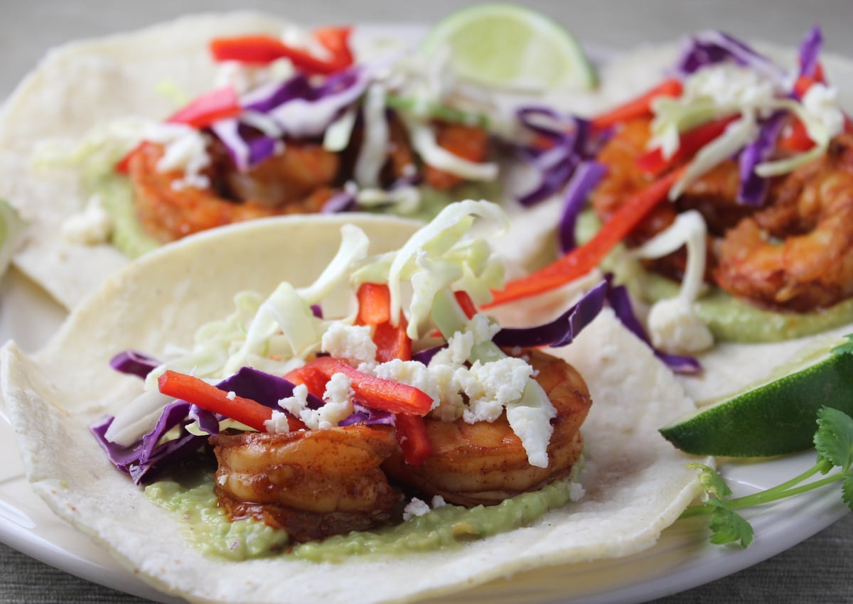 grilled shrimp tacos, chili lime shrimp tacos, shrimp tacos with green ...
