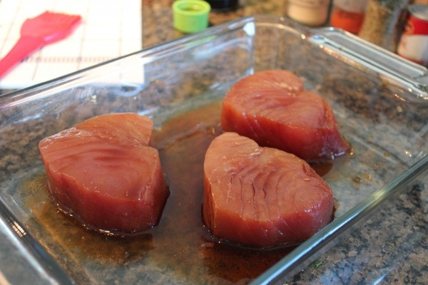 blackened ahi, blackening spices, blackening seasonings, blackened soy ahi burgers, soy marinated ahi burgers, ahi burger with red pepper slaw, spicy blackened burger, spicy ahi burger, spicy blackening spices, recipes