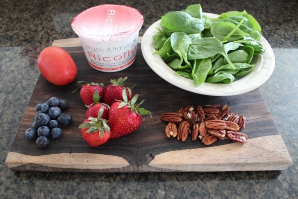 Strawberry Ricotta Salad Ingredients