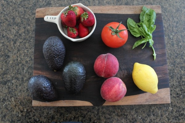 Strawberry Peach Guacamole Ingredients