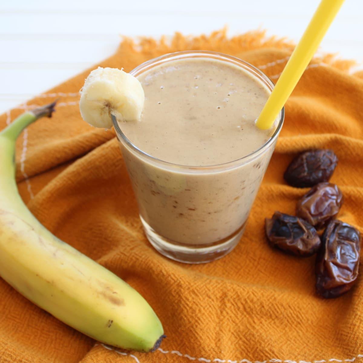 Banana Date Protein Shake