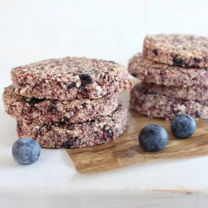 Heart Healthy Oatmeal Berry Granola Bars
