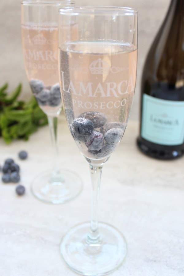 Blueberry Mint Prosecco Sparkler