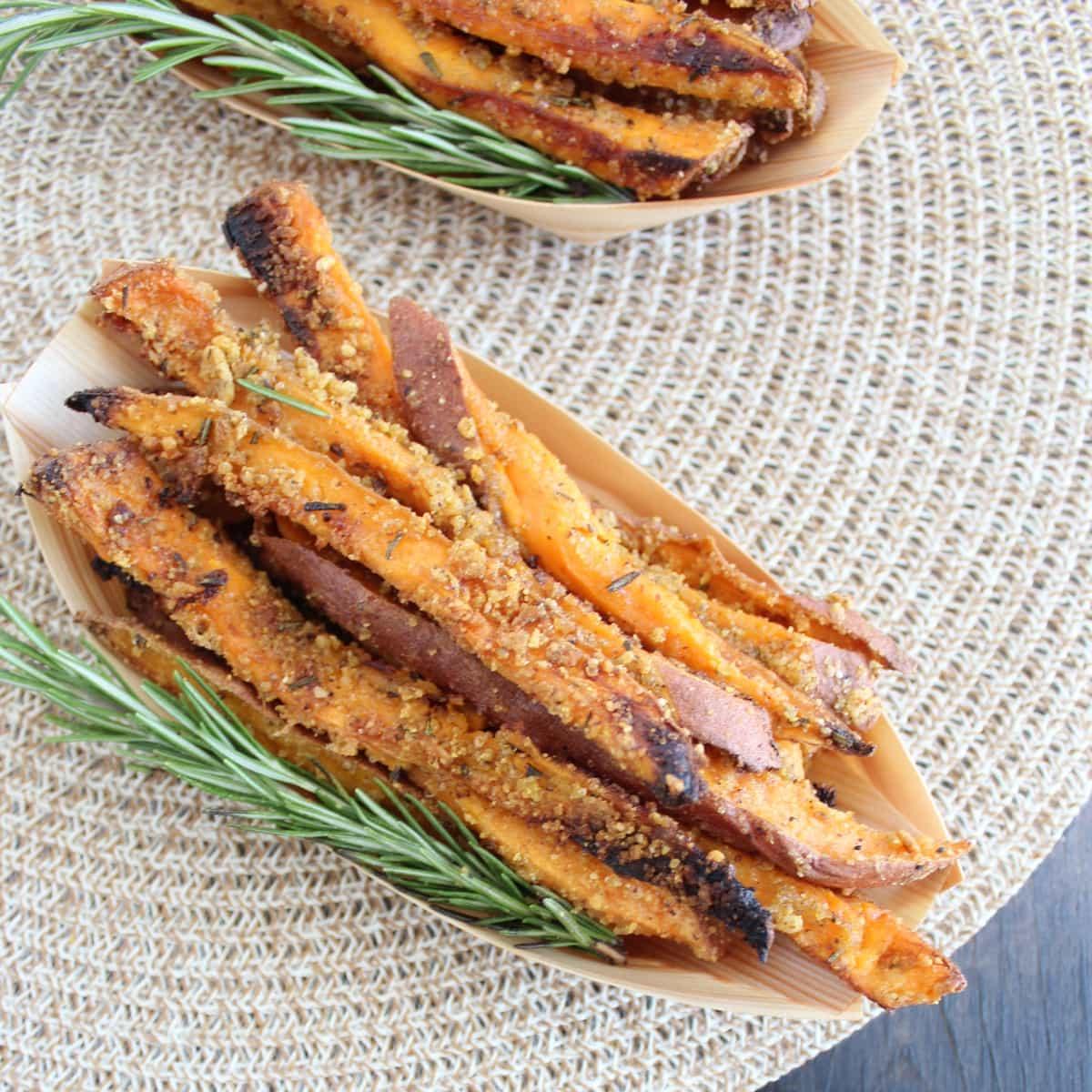 Crispy Rosemary Parmesan Baked Sweet Potato Fries