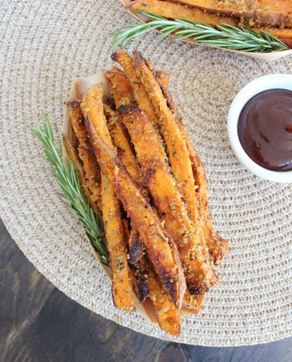 Crispy Rosemary Parmesan Baked Sweet Potato Fries
