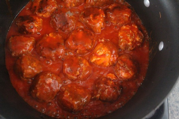 Buffalo Sauce Cheesy Sausage Balls Recipe