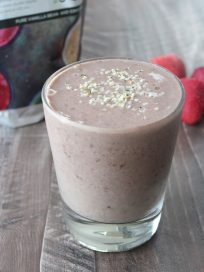 Energy Boosting Vegan Berry Banana Smoothie