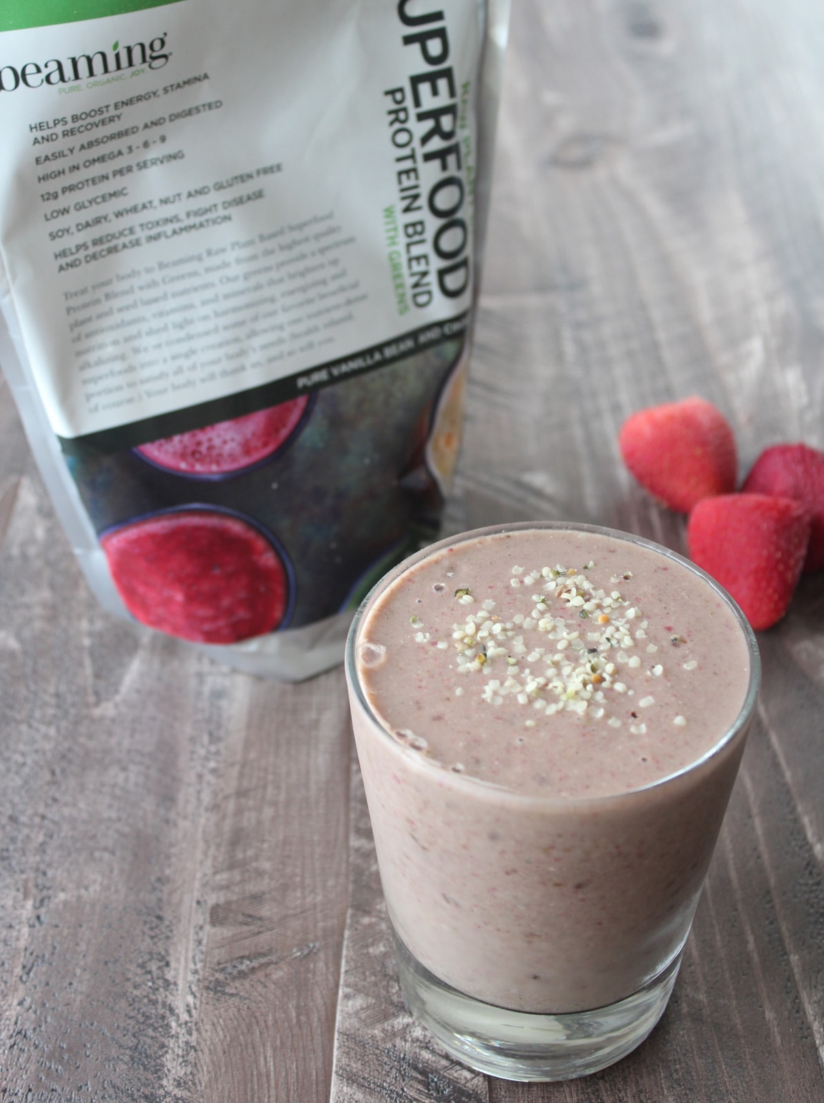 energy boosting berry banana smoothie full resolution 2242 � 3001
