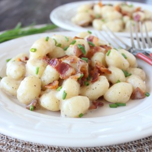One Pot Loaded Baked Potato Gnocchi