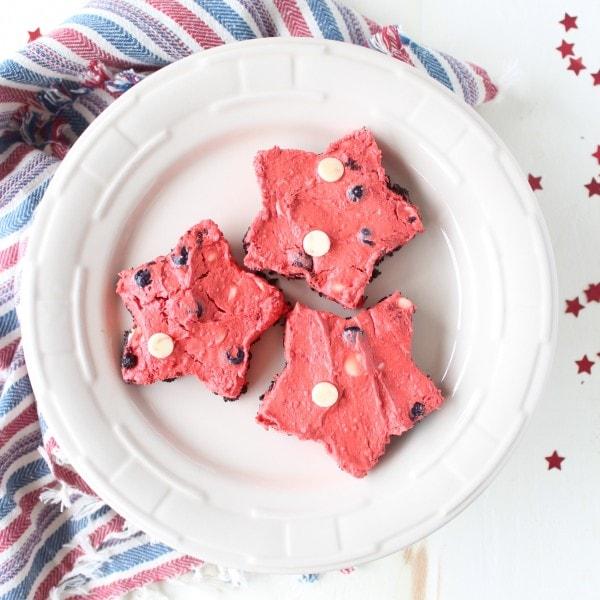 Star Shaped Frozen Red Velvet Cheesecake Bars