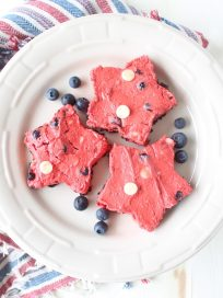 Frozen Red Velvet Cheesecake Star Bars