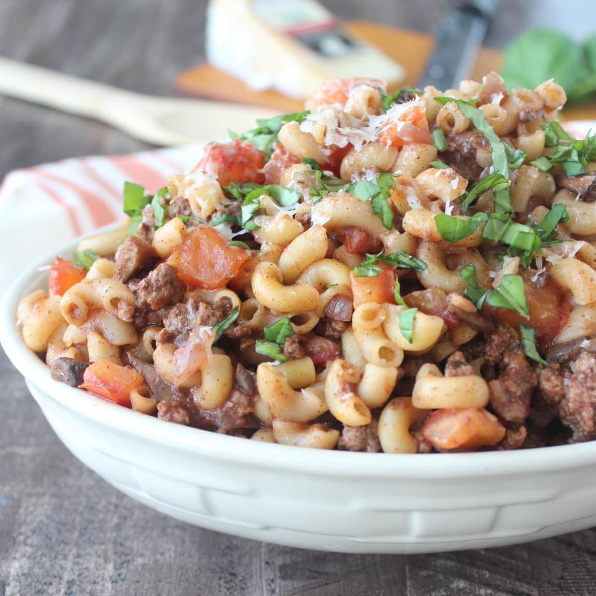 One Pot Mediterranean Lamb Mushroom Pasta