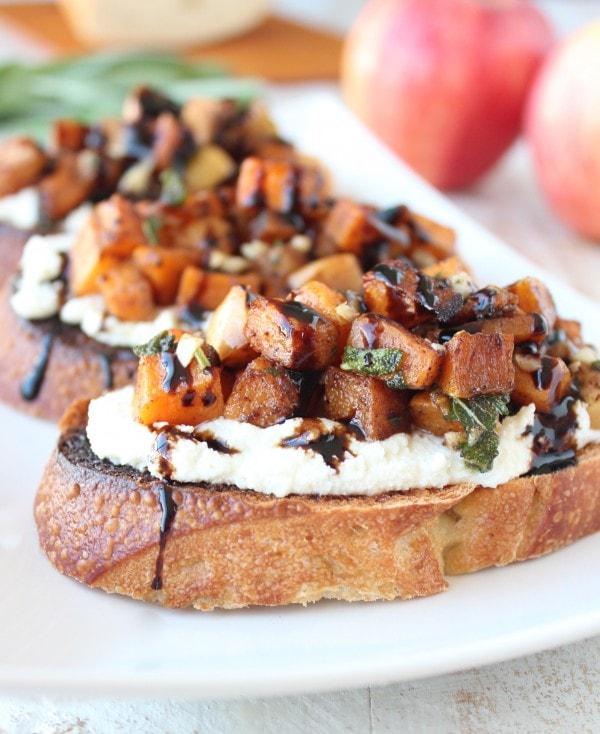 Butternut Squash Apple Bruschetta Recipe - WhitneyBond.com