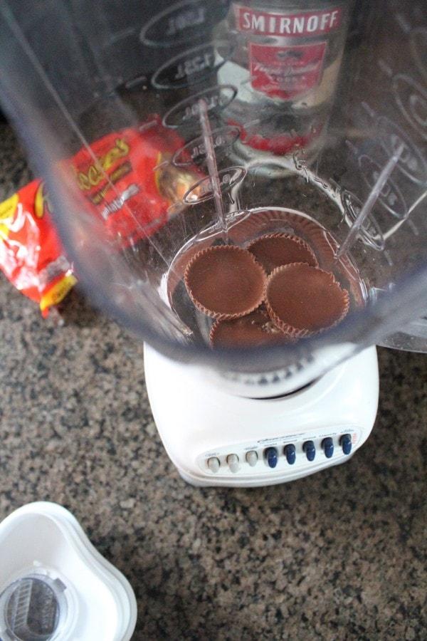 Reese's Peanut Butter Cup Martini Recipe