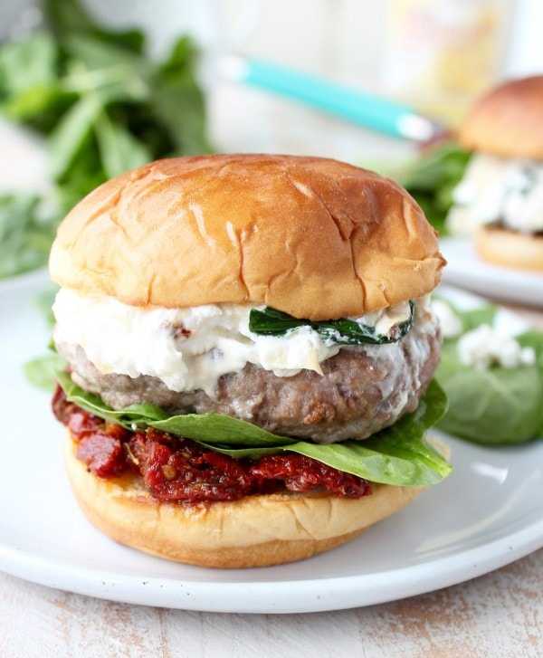 Healthy Spinach Artichoke Dip Turkey Burgers