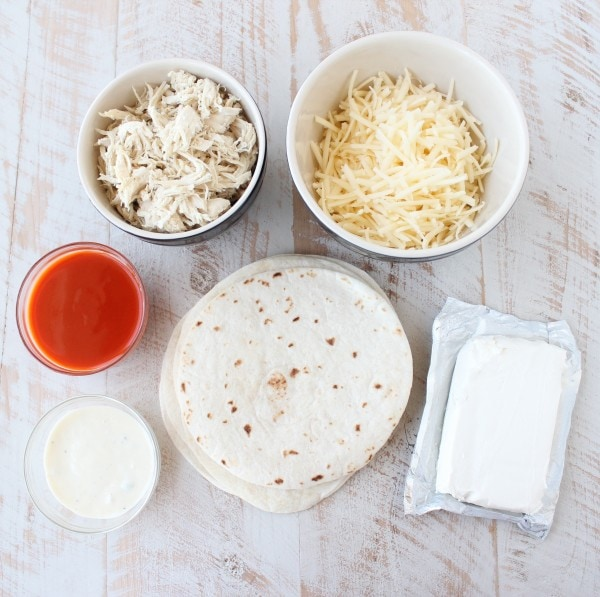 Buffalo Chicken Dip Taco Cup Ingredients