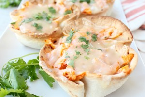 Buffalo_Chicken_Dip_Taco_Cups_6