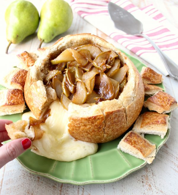 Caramelized Pear Baked Brie Bread Bowl with Fresh Pears and Toasted Pieces of Sourdough Bread