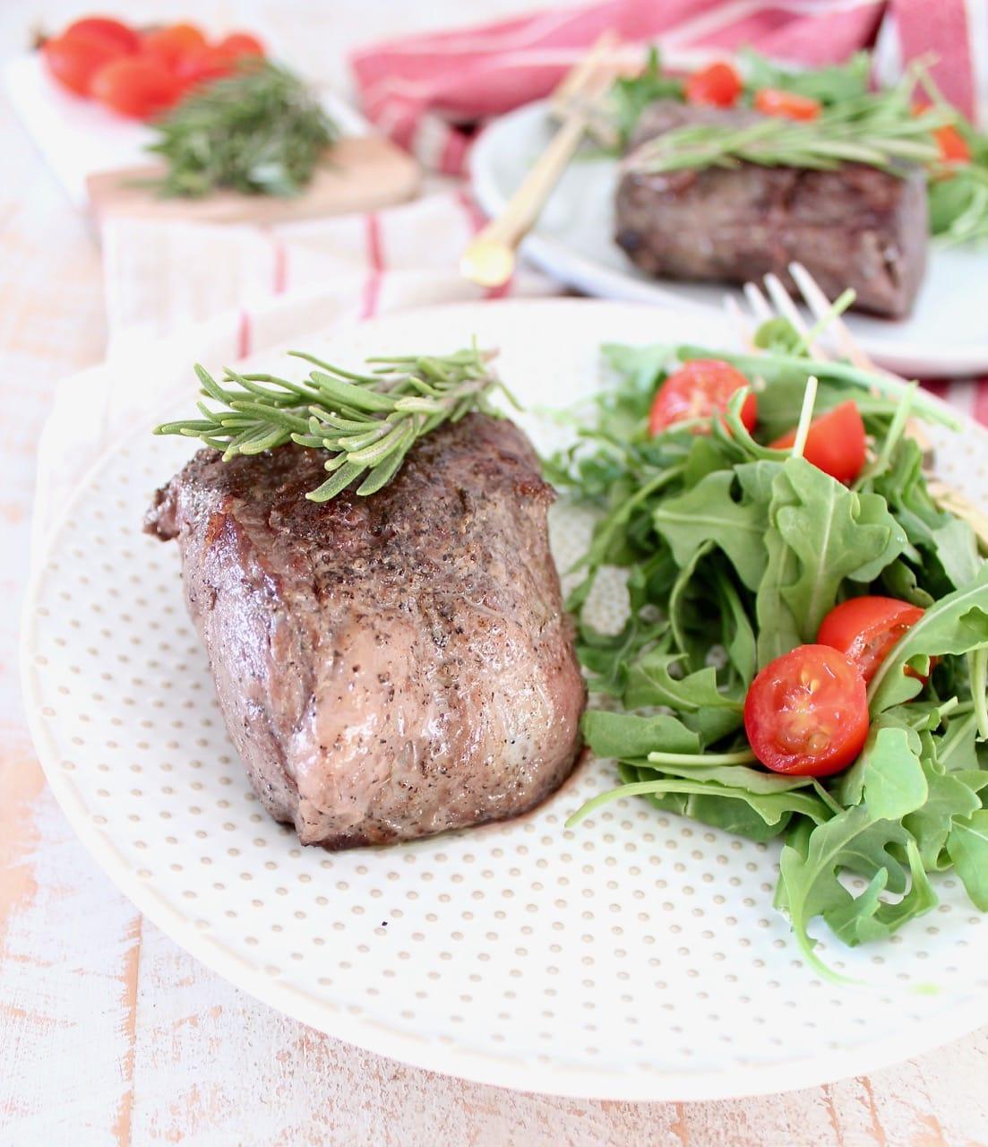 Sous Vide Rosemary Garlic Sirloin Steak with Arugula Tomato Side Salad
