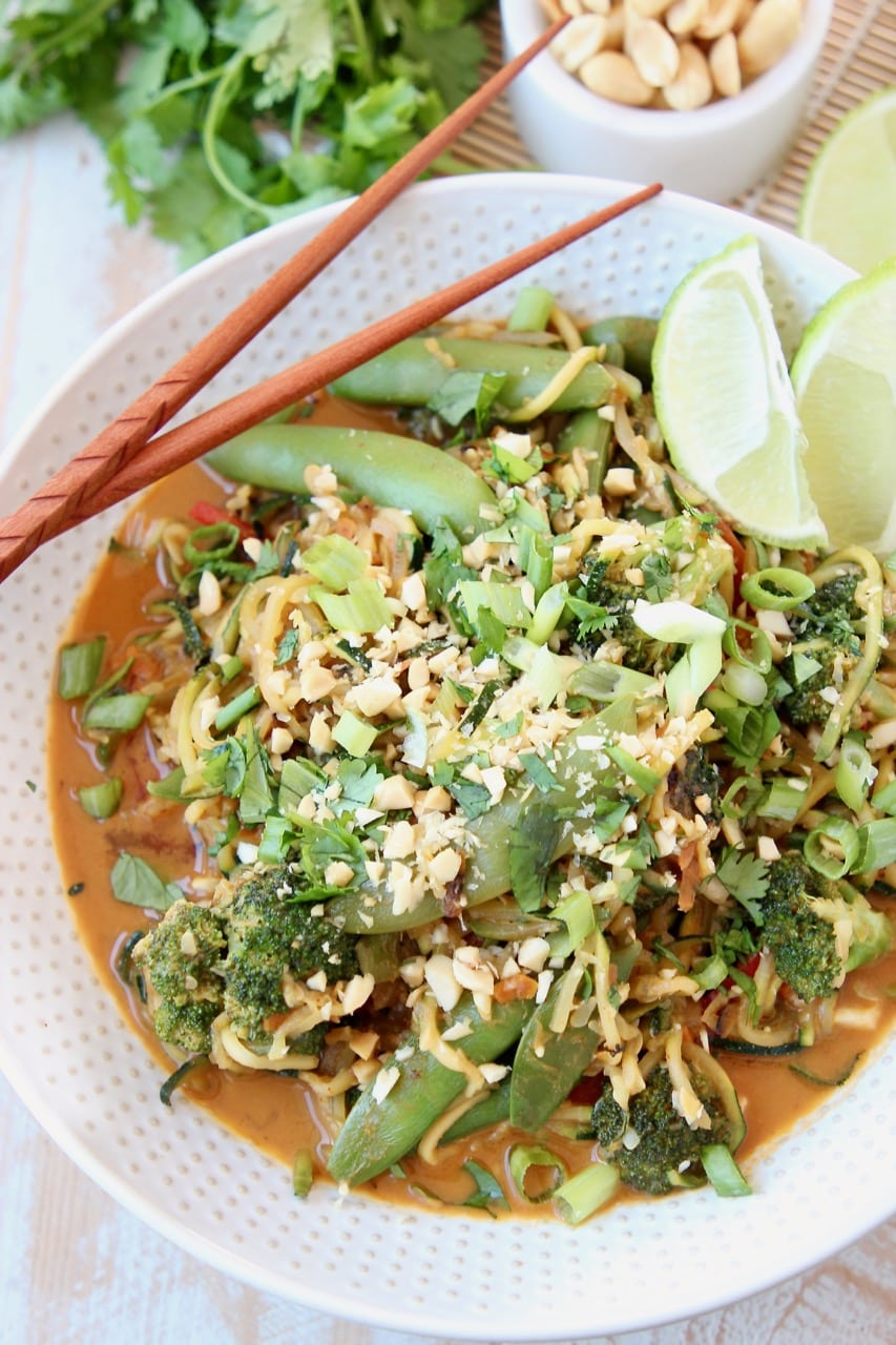 Vegan Pad Thai with Zoodles, Sugar Snap Peas, Broccoli, Vegan Pad Thai Sauce, Scallions, Peanuts and Limes