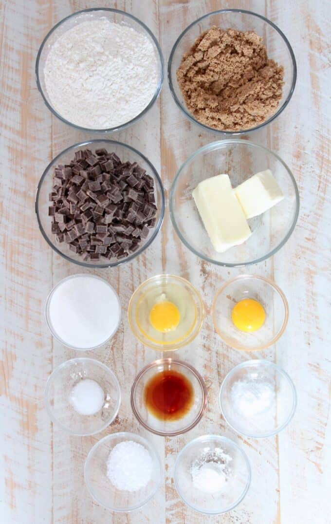 ingredients for sea salt chocolate chunk cookies in glass bowls